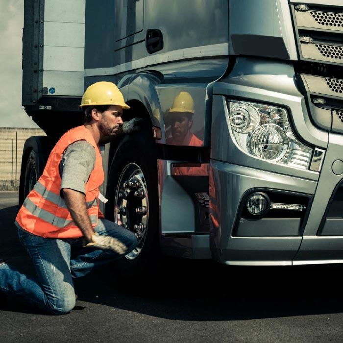 ADR , för dig som arbetar med transport av farligt gods